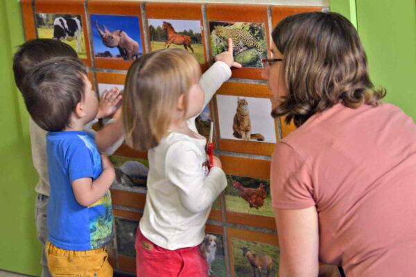 Gent: kwetsbare ouders van jonge kinderen krijgen opleiding tot kinderbegeleider